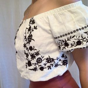 American Eagle white and black crop top